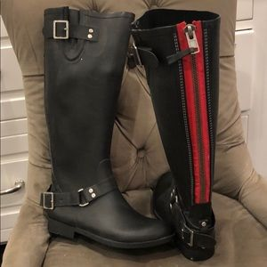 Tall Rubber Boots w/Red Stripe Zipper,sz 8
